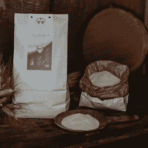 Semola integrale fine di grano duro Dorada, 100% sarda, macinata a pietra 5kg