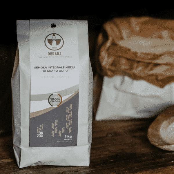 Semola integrale media di grano duro Senatore Cappelli Dorada, 100% sarda, macinata a pietra 1kg