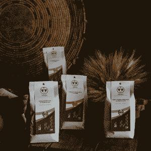 Selezione di Semola, Fior di Farina, Crusca/Cruschello e Farina d'Orzo Dorada integrali di grano Senatore Cappelli ed orzo 100% sardi, macinati a pietra in confezioni da 1kg