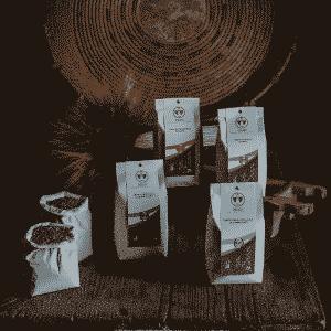 Selezione di Semola, Fior di Farina, Crusca/Cruschello e Farina d'Orzo Dorada integrali di grano duro e orzo 100% sardi, macinati a pietra in confezioni da 1kg