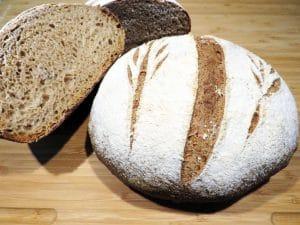 pane con semola di grano duro e farina 00
