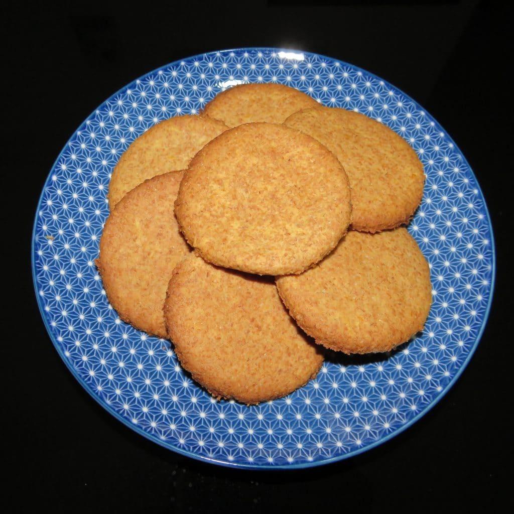 biscotti di crusca e farina di orzo con arancia e cannella
